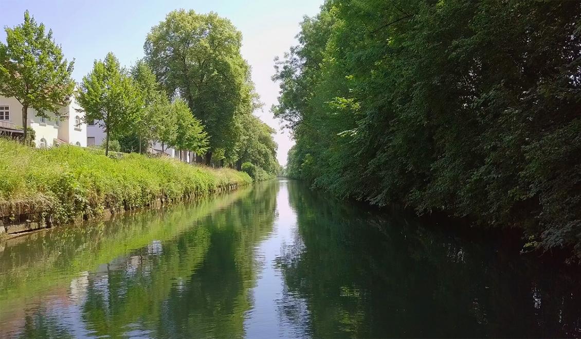 herrenhaus-kanal.jpg